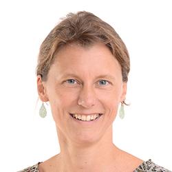 Dipl. HeilpädagoginSystemische Familientherapeutin (SG) Stv. Pädagogische Leitung Bereichsleitung Niedersachsen und NRWSenden Sie mir eine E-Mail